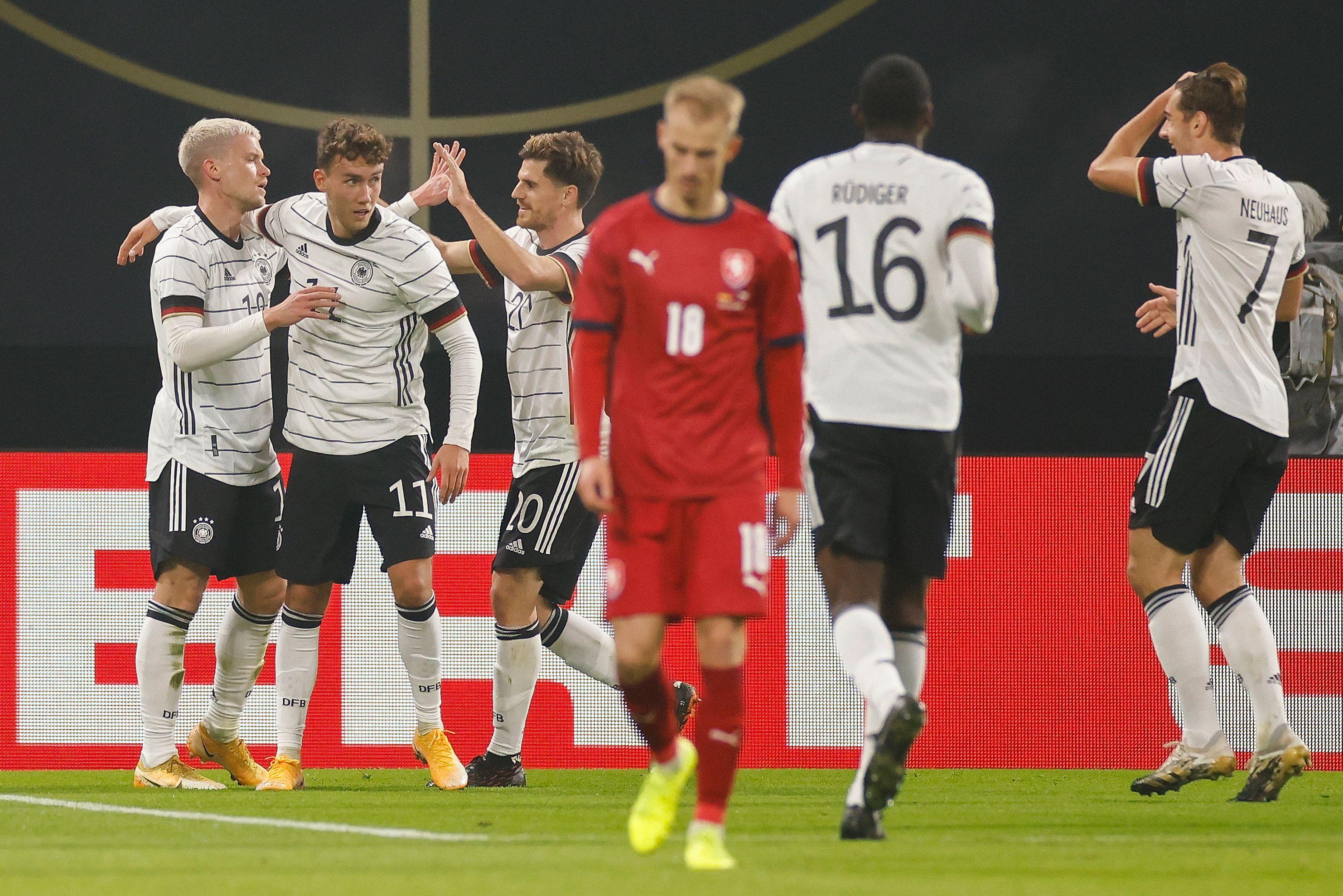 ไฮไลท์ฟุตบอล กระชับมิตรทีมชาติ เยอรมนี - เช็ก